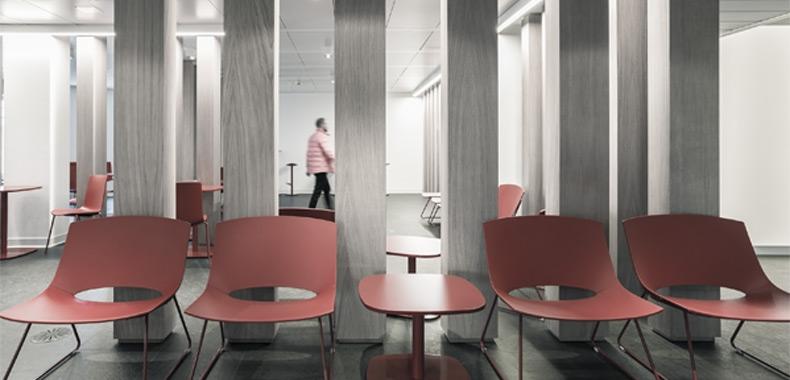 aménagement intérieur vue sur zone accueil et attente - mobilier de bureau