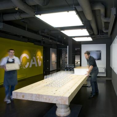 Table de dégustation In Vino Gildas