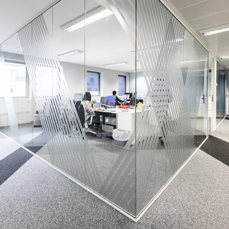 PINGPONG | Aménagement de bureaux à Luxembourg